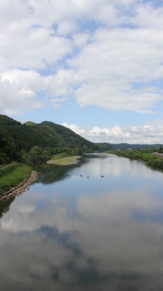 On the Yoneshiro River.