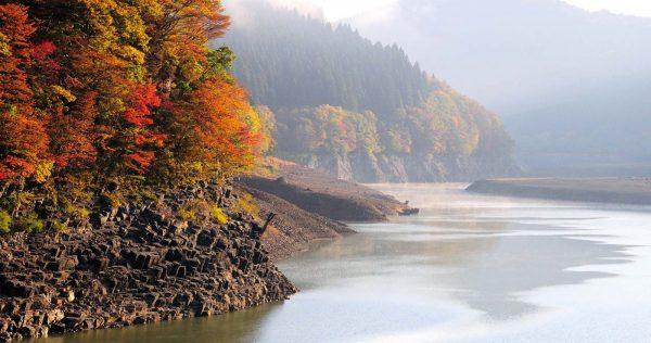 Lake Subari in autumn
