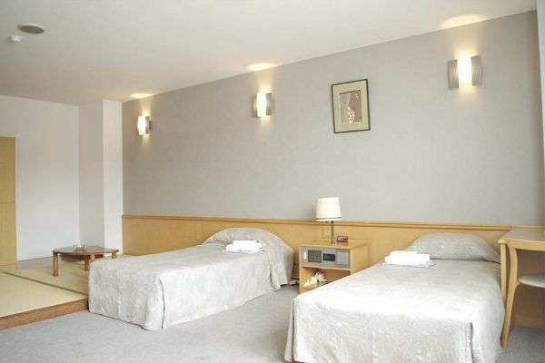 Hotel Yutoria Fujisato room.