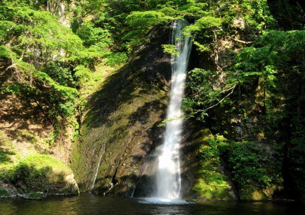 Garo Falls in Fujisato Town.