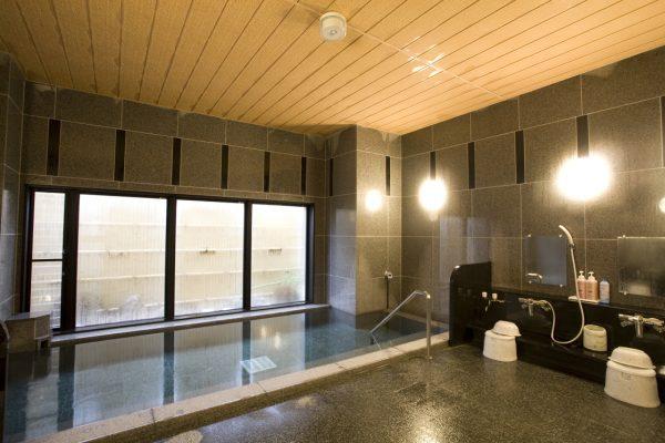 Hotel Route Inn Noshiro communal bath.