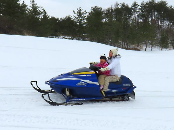 Snowmobile in Mitane