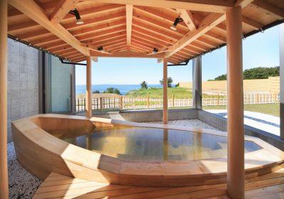 ハタハタ館木の露天風呂
